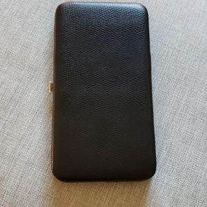 Clutch wallet black